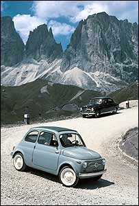 Original Fiat 500 in the Dolomite mountains (Photo: Fiat press office)