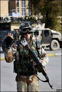Iraqi soldier in central Baghdad