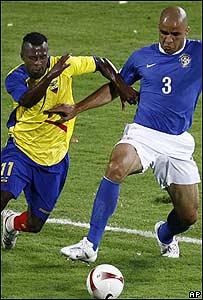 Imagen del encuentro entre Brasil y Ecuador