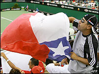 La afici�n chilena fue numerosa en las tribunas.