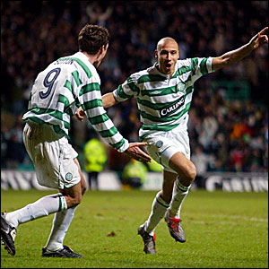 Chris Sutton (l) and Henrik Larsson