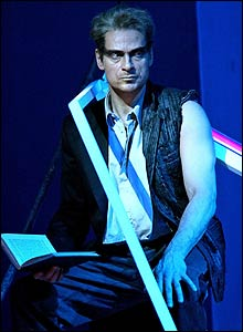 Simon Keenlyside in The Tempest, 2004 (photo Clive Barda)