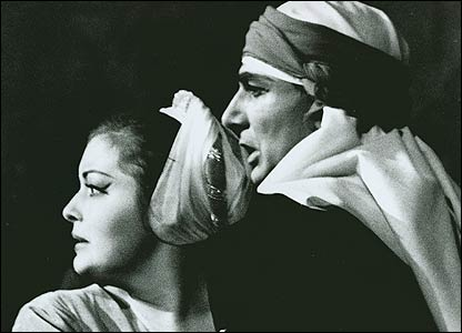 Gwyneth Jones and Bruno Prevedi in Il Trovatore, 1964 (Donald Southern Collection)