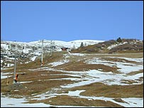Bare ski slopes (Image: James Cove)