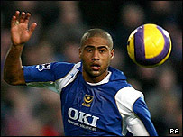 Glen Johnson playing for Portsmouth