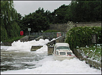 St John's Weir pool on the River Thames (pic: Environment Agency)