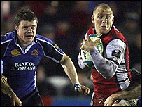 Gloucester's Mike Tindall (R)