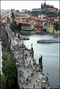 Charles Bridge (archive image from 2005)