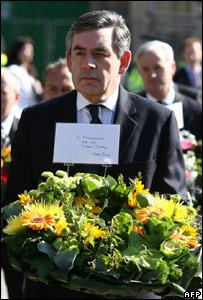 Gordon Brown at 7/7 wreath laying