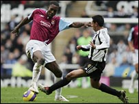 Carlton Cole and Nolberto Solano