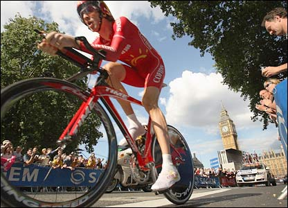 Bradley Wiggins near Big Ben