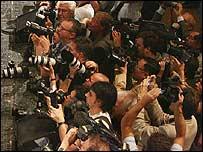 Fot�grafos y periodistas