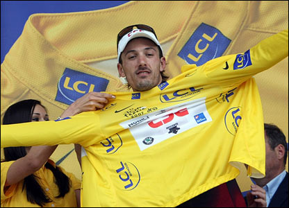 Fabian Cancellara with the yellow jersey