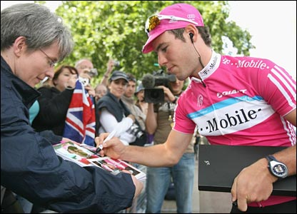 Mark Cavendish before the race