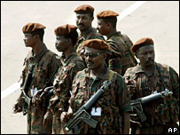 Sudanese troops in Juba, southern Sudan (archive)