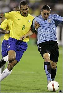 Gilberto Silva y Christian Rodriguez