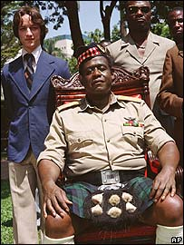 Forest Whitaker (centre) as Idi Amin in The Last King Of Scotland