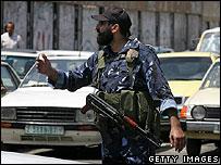 Hamas Executive Force on traffic duty in Gaza