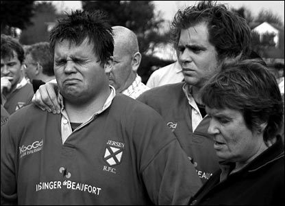 Clive Dunford's inconsolable rugby players
