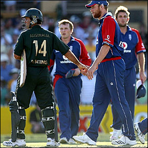 Ricky Ponting (left) and Andrew Flintoff shake hands following Australia's win