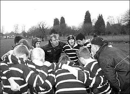 Matthew Gainsford's photo shows a team huddle during an U-12 game