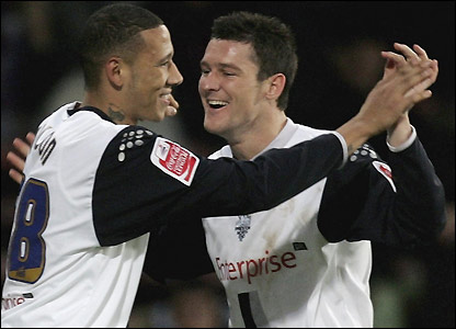 Kevin Wilson celebrates his goal with David Nugent