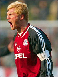 Stefan Effenberg in action for Bayern Munich
