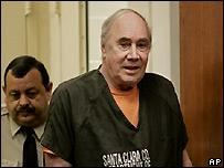Dean Arthur Schwartzmiller enters court