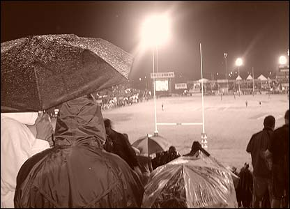 Dan Finn was on hand to capture the monsoon like conditions at the final at the 2006 Dubai Sevens