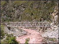 Carilluchayoc bridge (2005 picture)