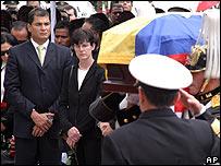 Presidente Rafael Correa en funeral de la ministra de Defensa, Guadalupe Larriva