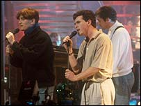 The Beautiful South on Top Of The Pops in 1989