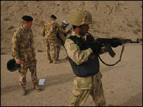 Iraqi forces being trained by UK soldiers