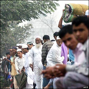 Devotees at the World Muslim Congregation