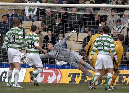 Dave MacKay scores