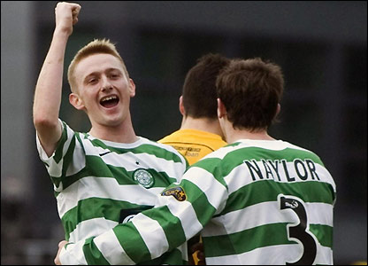 Celtic's Derek Riordan celebrates