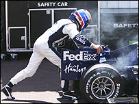 Mark Webber pushes his broken Williams at Monaco in 2006
