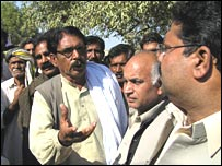 Villager Ghulam Abbas Bhatti (facing) says the Maachhi brothers have done a good job