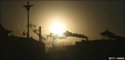 Humo de chimeneas industriales