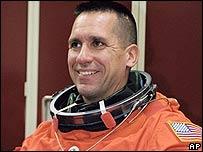 William Oefelein en Houston el 8 de agosto de 2002 (foto de NASA)
