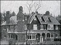 The outside of Undershaw in 1898