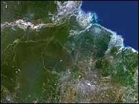 Imagen satelital del Amazonas de 2006 (foto de archivo)