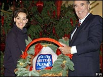 Bernard Matthews presents Cherie Blair with a turkey