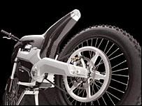 Moto ENV, vista desde atrás / foto de www.intelligent-energy.com