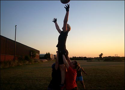 Peggy Cawte's line-out lift