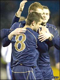 Shaun Maloney scores for Scotland B