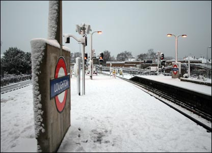 Loughton Station in the snow