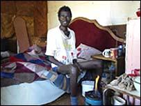 رجل جنوب افريقي  مصاب بمرض  الايدز