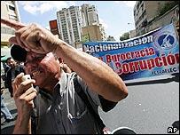 Manifestantes venezolanos a favor de las nacionalizaciones, el 8 de febrero de 2007
