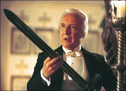 Ian Richardson in Murder Rooms: The Dark Beginnings of Sherlock Holmes
